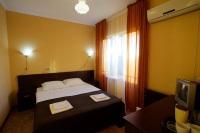 Двухкомнатный трехместный номер с удобствами и балконом - Витязево