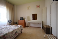 Двухкомнатная квартира с кухней и балконами - Витязево