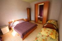 Двухкомнатная квартира с  балконами и кухней - Витязево