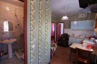 Трехкомнатный номер с кухней и отдельным входом - Благовещенская