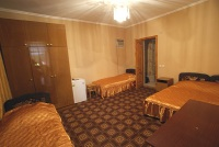 Пятиместный просторный семейный номер с удобствами - Витязево