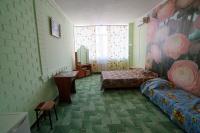 """Трехместный """"Стандарт"""" с удобствами на этаже - Витязево"""